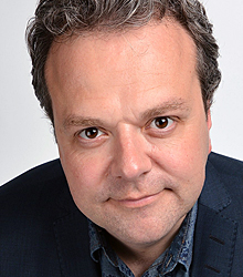 Hal Cruttenden photo