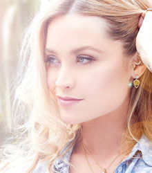 Laura Whitmore | NMP Live